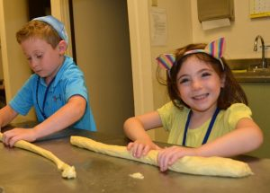 Kids Making Challah
